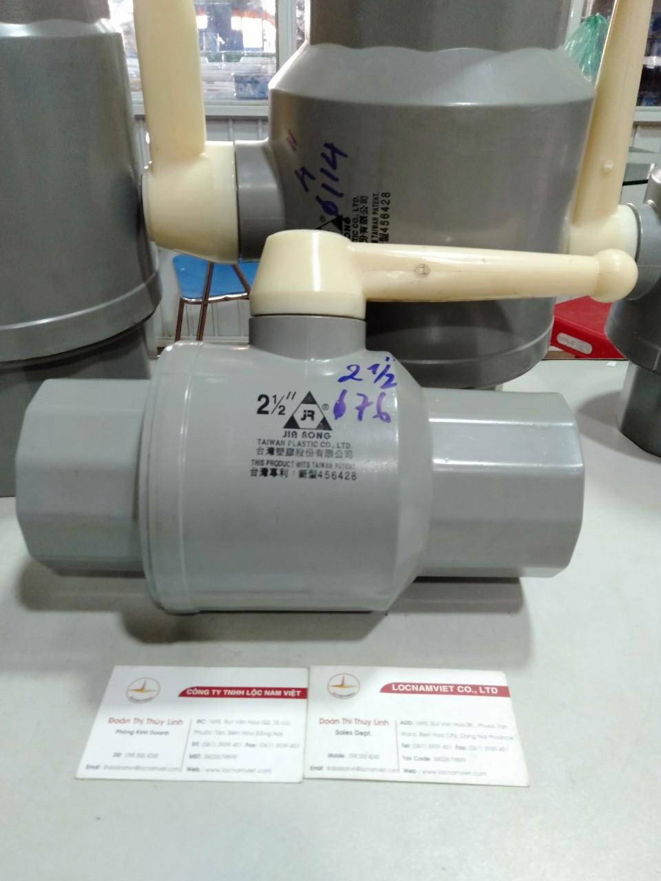 VAN NHUA PVC 76 (1)